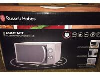 Russell Hobbs Microwave - in great condition barely used, ready to go asap!