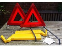 2 x folding warning triangles