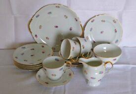 Durham fine china vintage tea set, 17 pieces in excellent condition