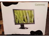 """Gateway 24"""" widescreen monitor with sound bar"""