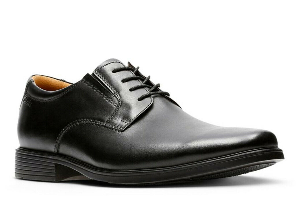 Clarks Men's Tilden Plain Black Leather oxfords-shoes