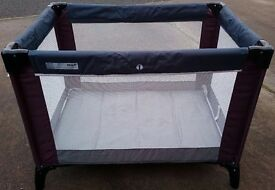 Travel Cot - mamas and papas perfect condition