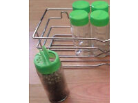 5 New Clear Glass EMPTY Refillable Spice Jars with Green Lidded Sprinkler Tops.
