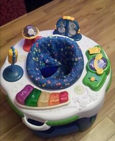Leap Frog Learn and Groove Activity Centre/Baby Bouncer