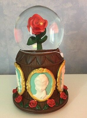 VERY RARE BEAUTY AND THE BEAST DISNEY PARKS MUSICAL SNOW GLOBE