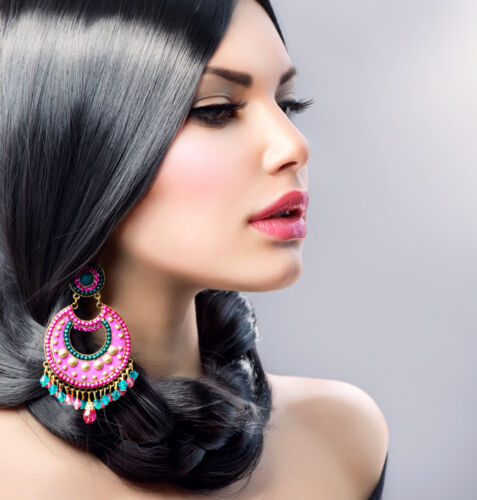 How to Buy Statement Earrings