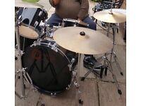 Percussion drum set