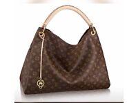 Louis Vuitton Slouch bag