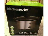 Slow cooker (new, unopened)