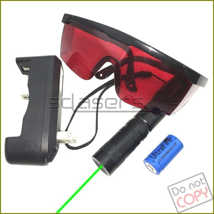 G304 532nm Adjustable Focus Green Laser Pointer Torch & Battery&Charger& Goggles