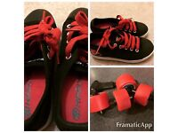 Heelys - Boys - UK size 1 - great condition