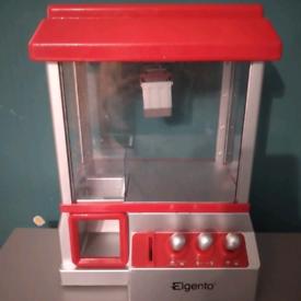 Fair ground candy grabber machine