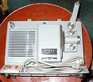 Argus Showmaster M500 8mmFilm Projector Portable& 8mm Camera