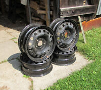 4 Rims to fit 195-65-15 tires