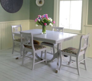 Regency Style Table And Chairs