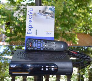 Bell Satellite Receiver Model 4100 - w/accessories