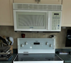 Microwave (white) for installation over the Stove