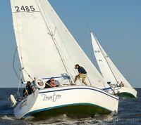 Hunter 28.5 Sailboat - SV Privateer