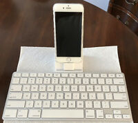 iPad Keyboard Dock & Adapter $40.00