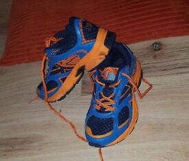 Boys trainers good condition size 1