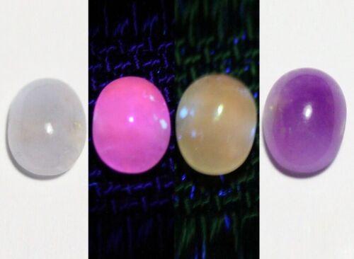 0.60ct Tenebrescent Hackmanite Cabochon Rare Fluorescent with Colour Change