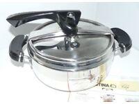 Original Lagostina Brava 22cm Pressure cooker 3.75 litre boxed