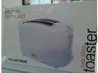 Toaster NEW #17975 £14