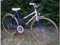 """Vintage RALEIGH Ladies Road BIKE Bicycle Mixte, Lightweight 20"""" Frame 700C Wheels New Tyres, V.G.C"""