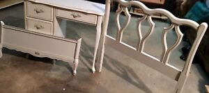 Vintage French Provincial Head&Foot Board