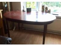 Solid oak table with middle extension and 6 chairs