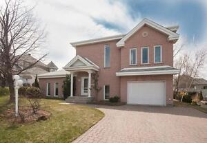 Maison - à vendre - Mont-Saint-Hilaire - 25507952