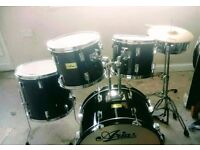 Aria drum kit