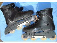 PAIR of INLINER SKATES Inline gRind size 7 - 8 with liners.
