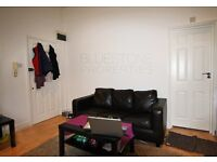 [LARGE STUDIO]. Modern conversion. Very good condition throughout. SW16