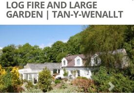 4 double bedroom Stone cottage in quiet part of Llanbedr Field and stables available