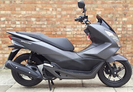 Honda PCX 125, New shape in superb condition