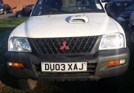 2003 mitusibishi l200 life white double cab 2.4 5 speed manual gearbox good condition ideal export
