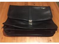Black Samsonite leather briefcase / business case