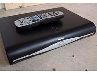 SKY PLUS HD BOX WITH REMOTE, POWER CABLE & HDMI CABLE PERFECT CONDITION