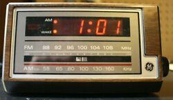 Vintage General Electric Digital AM FM Radio Alarm Clock Model 7-4601A Tested