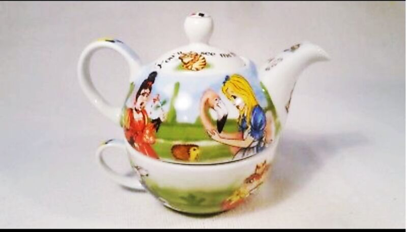 Paul Cardew Alice in Wonderland Tea for One Teapot and Cup