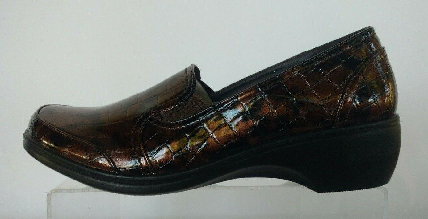 Rasolli Women's  Slip-on Loafer, Brown Croc Print Size-9 M,