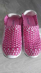 women's woven slip on shoes size 5