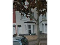 Craven Park Road, N15 Nice DSS Welcome Studio Flat Available Now