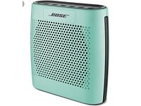 Bose colourlink speaker with case