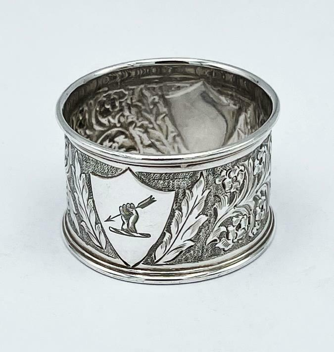 3 x VICTORIAN NAPKIN RINGS Silver Plated GAUNTLET & ARROW CRESTS