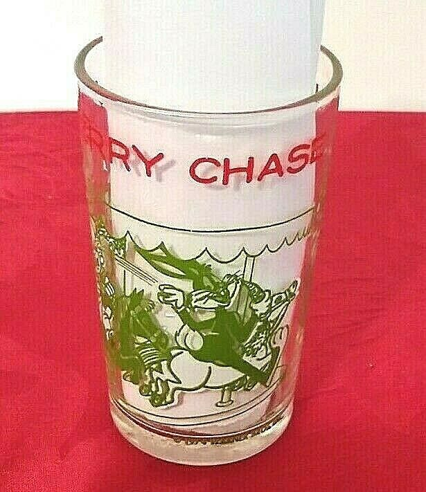 Welchs Looney Tunes Jelly Jar Glass Bugs Leads A Merry Chase Vintage 1974 - $3.99
