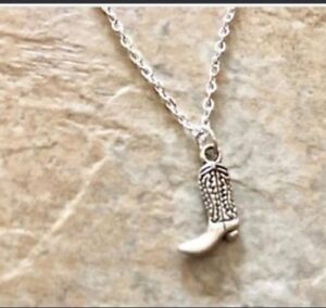 New Cowgirl silver western necklace