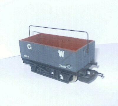"""HORNBY RAILWAYS R240 """" GWR WAGON WITH SHEET RAIL """" VGWO DARK GREY 102971"""