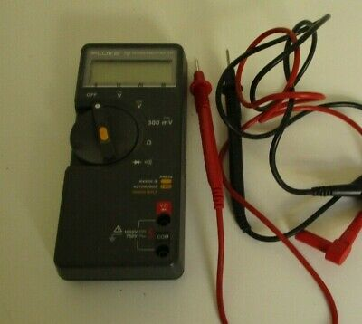 Fluke 70 Series Ii Multimeter Calibrated With Test Leads.
